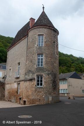 Lugny Chateau 2019 ASP 01