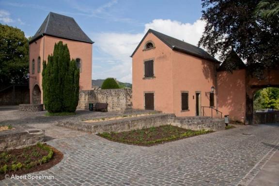 Mersch Chateau 2009 ASP 03
